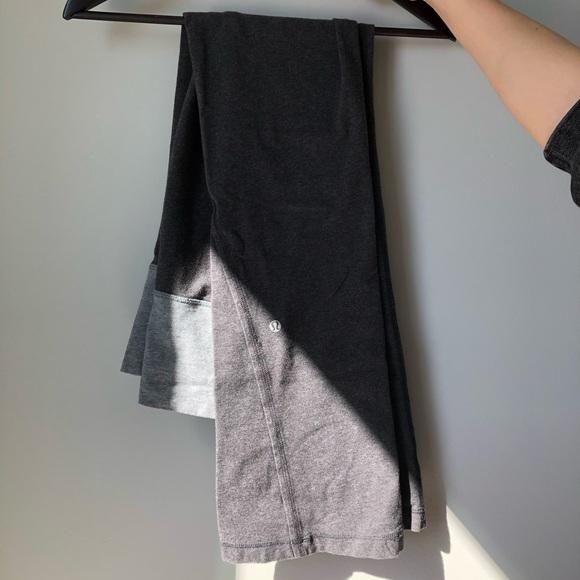 Lululemon flared pants - grey - Size 6